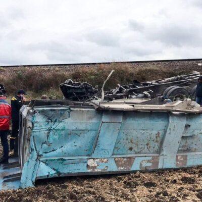 У Миколаївській області локомотив зіткнувся з вантажівкою, є загиблий