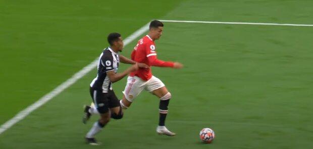 """Кріштіану Роналду оформив дубль у першому матчі після повернення у """"Манчестер Юнайтед"""": """"Стадіон в один голос кричить"""""""