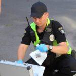 У Миколаєві чоловік поранив поліцейського ножем