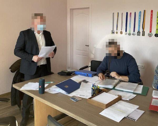 Прокуратура обшукала департамент молоді та спорту КМДА, двох інженерів підозрюють у розтраті 700000 грн